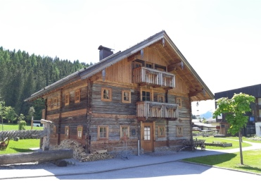 Travel Charme Werfenweg Erdnussfrosch.com